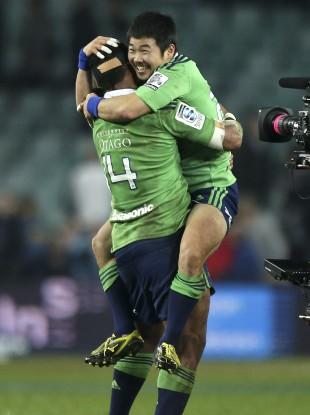 Highlanders players celebrate (file photo).