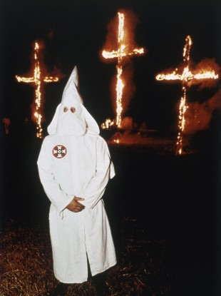 ku-klux-klan-1991-cross-burning-310x415.jpg