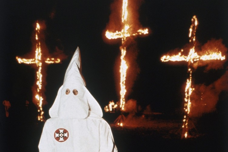 ku-klux-klan-1991-cross-burning-752x501.