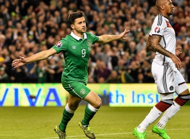 Shane Long hopes to be fit for Ireland's playoff with Bosnia.