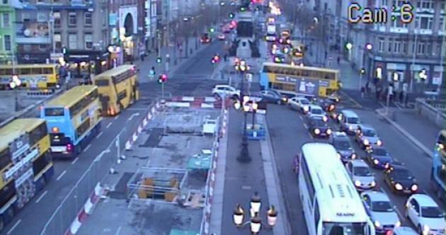 Commuting liveblog: Flooding, closed roads and high winds