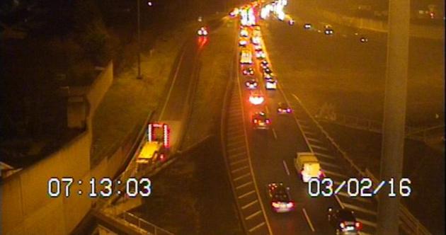 Commuting liveblog: Heavy traffic, breezy weather and wet roads