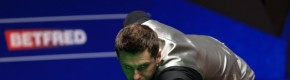 Selby maintains lead over Ding in World Championship final