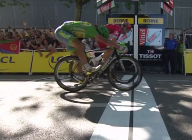Peter Sagan (nearest the camera) edges the stage win on the line ahead of Alexander Kristoff.