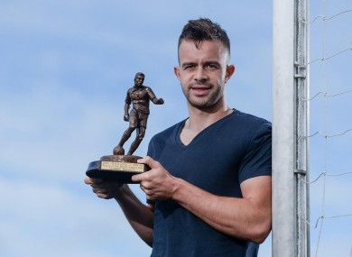 Benson picking up SSE Airtricity/Soccer Writers' Association of Ireland Player of the Month for August.