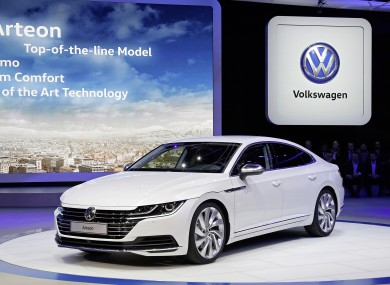 The arteon is the new premium tourer from volkswagen for Auto journal salon 2017