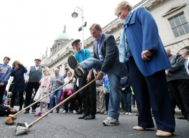 Taoiseach Enda Kenny was out and about in Dublin today enjoying the Cruinniú na Cásca events.