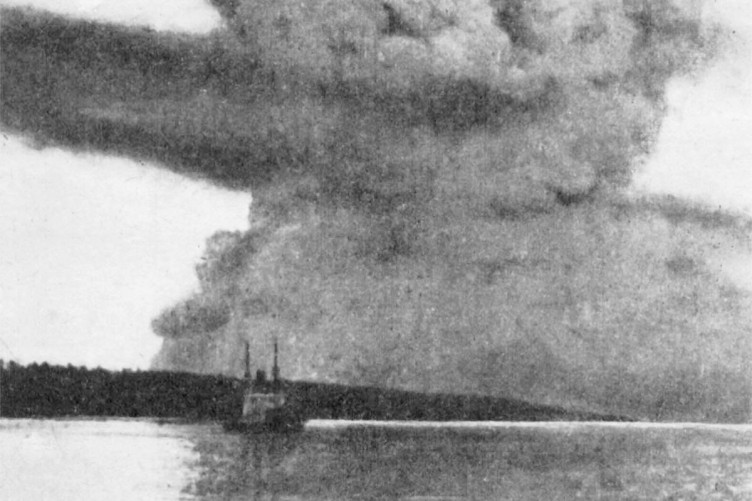 Halifax Explosion The Accidental Blast That Killed 2000 People A Century Ago
