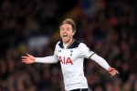 Eriksen thunderbolt keeps Tottenham's Premier League title hopes alive