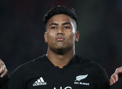 Julian Savea has been dropped by the All Blacks.