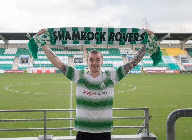 New signing Sean Kavanagh poses in Shamrock Rovers gear.