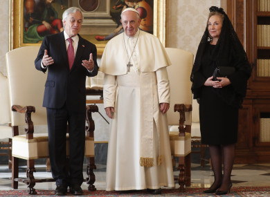 Pope Francis poses with Chile's President Sebastian Pinera and his wife Cecilia Morel.