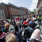 People gathering on Dame Street. (Image: Laura Hutton/Photocall Ireland)