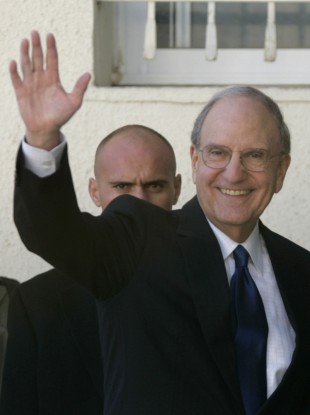 George Mitchell is set to wave goodbye to brokering an agreement between Israel and Palestine.