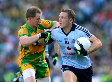 Paul Flynn (R) with Donegal's Anthony Thompson