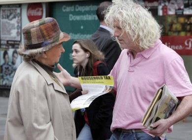 Mick Wallace with a member of the public on Grafton Street earlier today