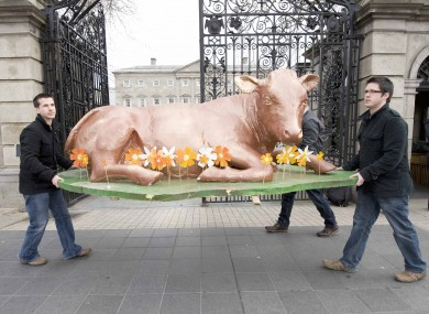 Anti-fracking protesters set up their demonstration outside the Dáil today.