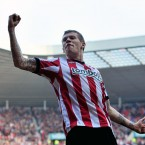 One-footed wonder James McLean celebrates scoring Sunderland's second goal against Premier League strugglers QPR.<span class=