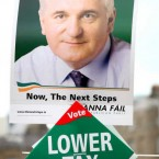No low blows for the opposition here, just Bertie Ahern promising lower taxes in 2007. (Albert Gonzalez / Photocall Ireland)