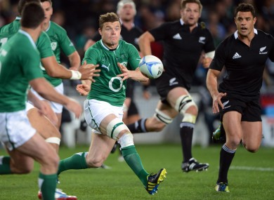 Brian O'Driscoll will captain and Ireland team that contains 10 Leinster players.
