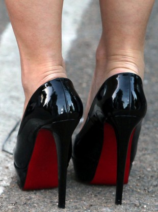 2cb7f14b021a Louboutin wins court appeal over red soles · TheJournal.ie