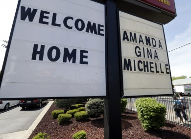 A welcome home sign is posted at a restaurant near a crime scene where three women were held captive for a decade in Cleveland, Ohio (file photo).