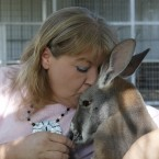 Christie Carr, Irwin Kangaroo: Christie Carr kisses Irwin the kangaroo at the Garold Wayne Interactive Zoological Park.<span class=