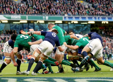 Ireland's maul resulted in this try for Jamie Heaslip against Scotland.