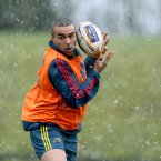 Even Simon Zebo was struggling. <span class=