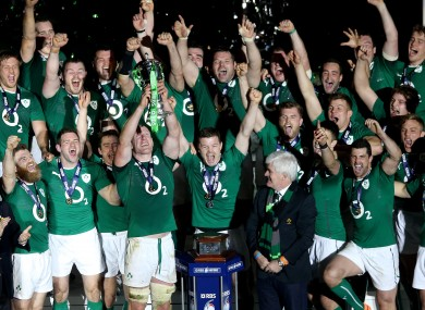 Paul O'Connell lifts the Six Nations trophy.