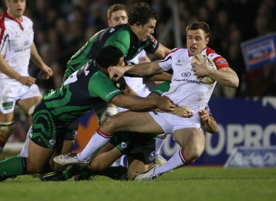 Tommy Bowe will take on the Connacht midfield defence.