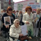 Survivors of Symphysiotomy preparing to deliver a letter to Taoiseach Enda Kenny outside Government Buildings this morning.