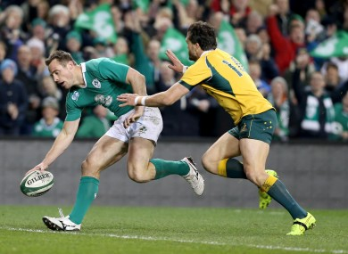 Tommy Bowe dots down for Ireland.