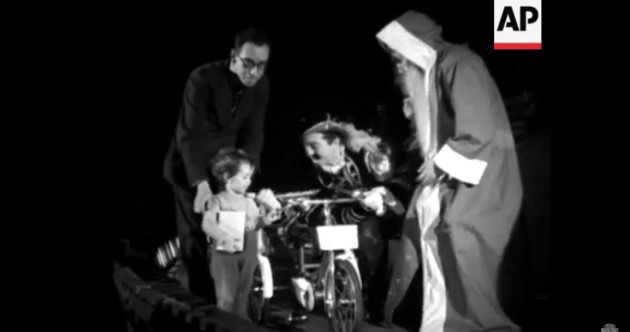 WATCH: Santa visits the children of Dublin in 1948