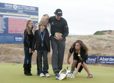Mickelson and his family after winning the Scottish Open back in 2013.