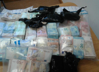 €400k in cash seized from house in Ballymun, along with gun