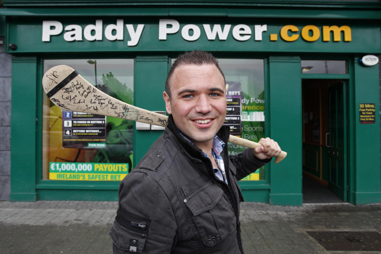 paddy power love hate betting