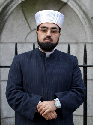 Shaykh Umar Al-Qadri said there is no evidence within Muslim law supporting the practice.
