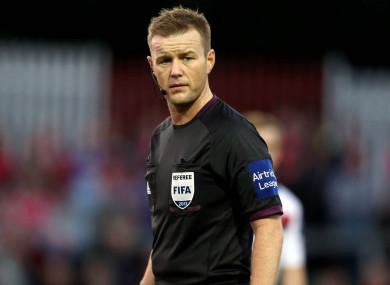 Referee Alan Kelly.
