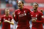 Van Dijk says Liverpool can handle double challenge ahead of Napoli decider