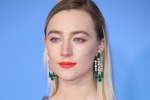 Here's the full run-down of Saoirse Ronan's Golden Globes look courtesy of her makeup artist