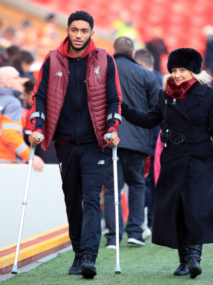 Gomez on crutches at Anfield.