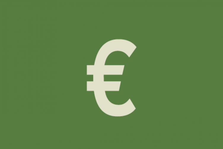48d4a321462 How I Spend My Money  A chartered surveyor on €50