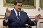 Nicolas Maduro claims US has 'war plans against Venezuela' as Guaido mobilises aid volunteers