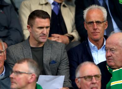 Mick McCarthy with Robbie Keane at Tallaght Stadium last night.