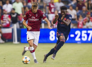 Daniel Maldini taking on David Alaba last night.