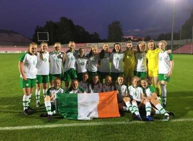 The victorious Ireland sides.