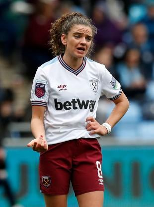 Hammers forward Leanne Kiernan.