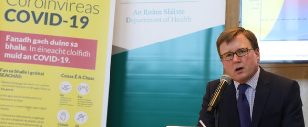 Cillian De Gascun speaking at a Department of Health briefing.