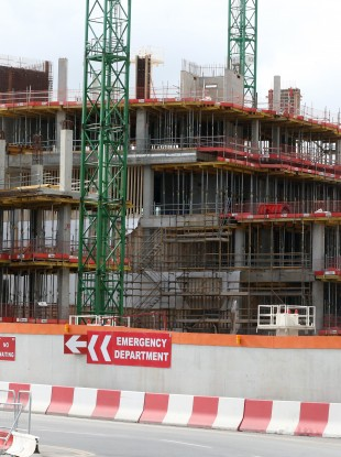 The building site at the site of the new Children's Hospital.